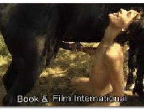 085 – Horse Pissing On Skinny Girl