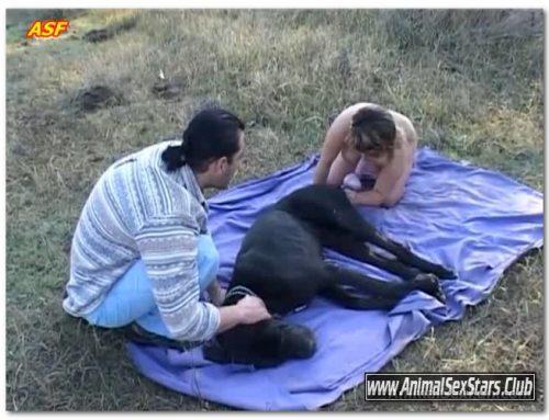 Anelia – Anelia with man and dog